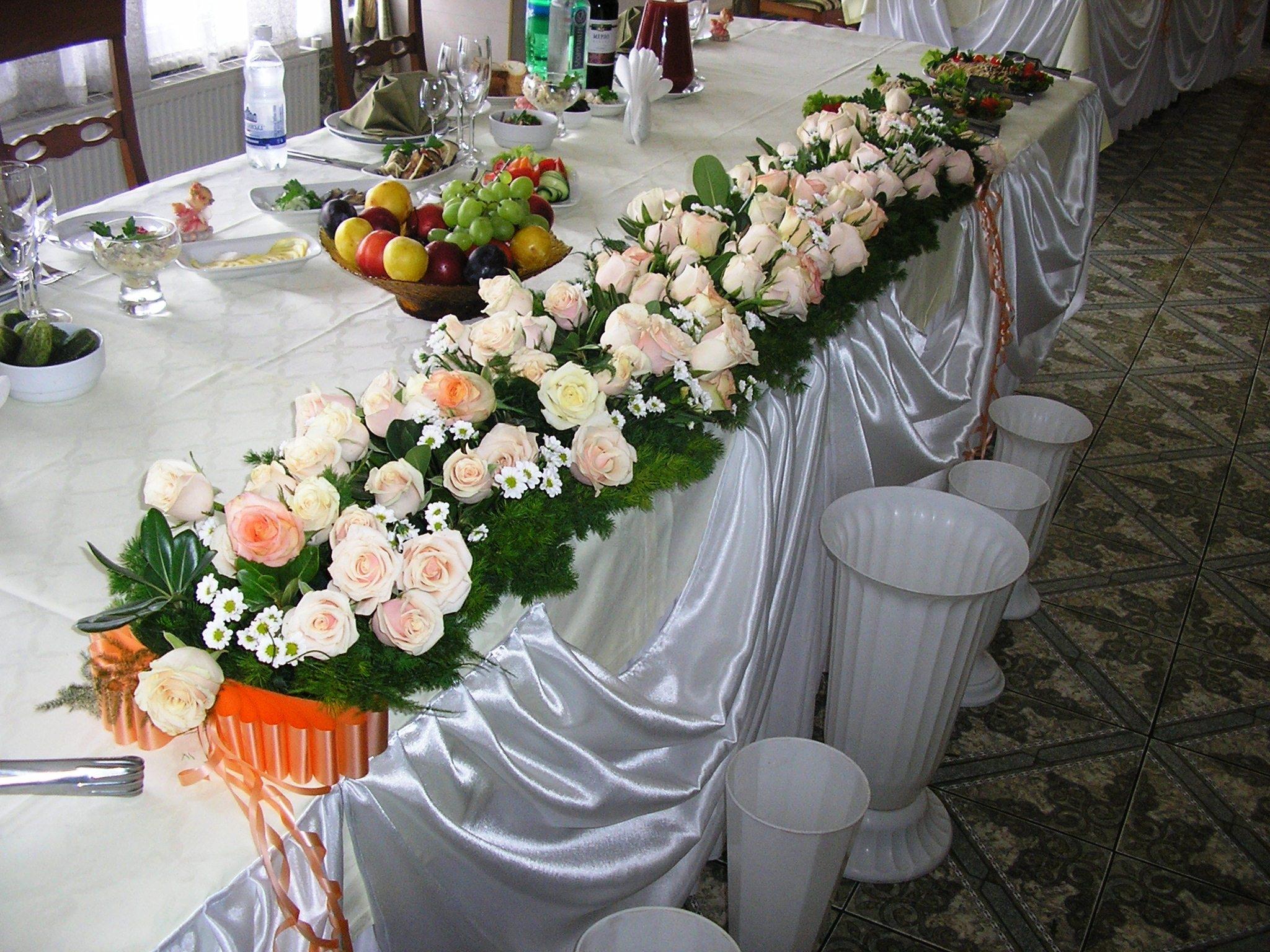 Украшения столов цветами фото